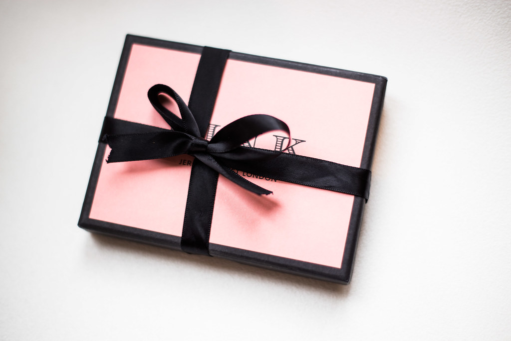 Thomas Pink bow tie