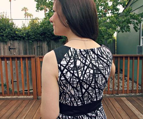 contrast shoulder Emery