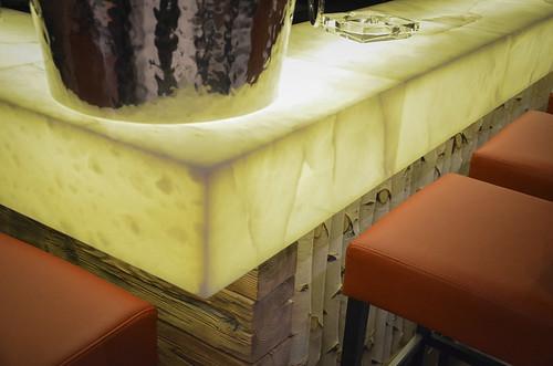 metalstone-comptoir-marbre-sur-mesure-3