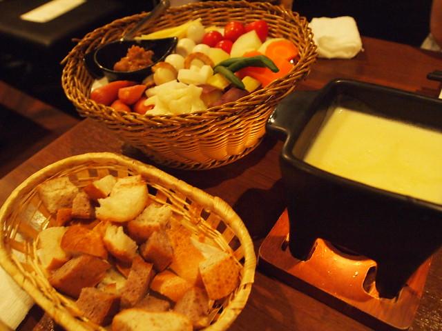発酵ダイニング「銀座 サイカ」~味噌とチーズのお店~