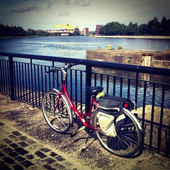 Cycle around the river Lagan, Belfast