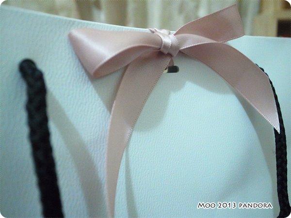 pandora 粉紅蝴蝶結