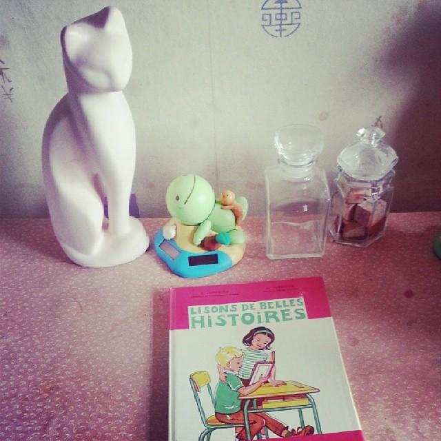 ★ un livre chiné de 1967 va nous être fort utile aujourd'hui ^^ ★ #vintage #livre #book #school #schoolathome #ourlittlefamily #france