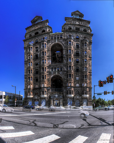 Panorama 1849_hdr_pregamma_1_mantiuk06_contrast_mapping_0.1_saturation_factor_0.8_detail_factor_1 by bruhinb