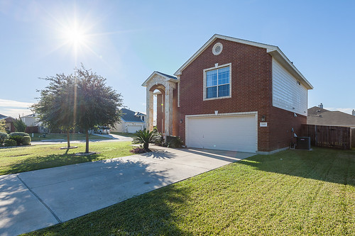 Home for Sale 1301 Knippa Cove, Hutto, TX - Enclave at Brushy Creek