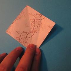 วิธีการพับกระดาษเป็นดาวสี่แฉก 011