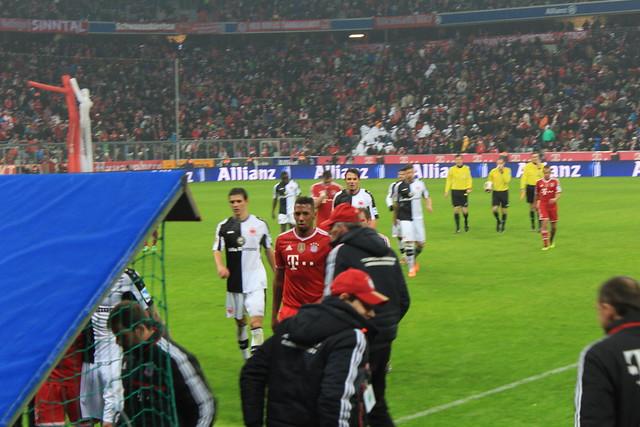 Munich Adidas FC Bayern München Eintracht Frankfurt lisforlois