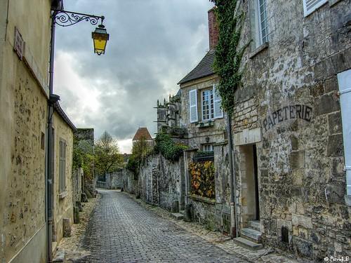 Senlis - rue aux Flagears by En Pays d'Halatte