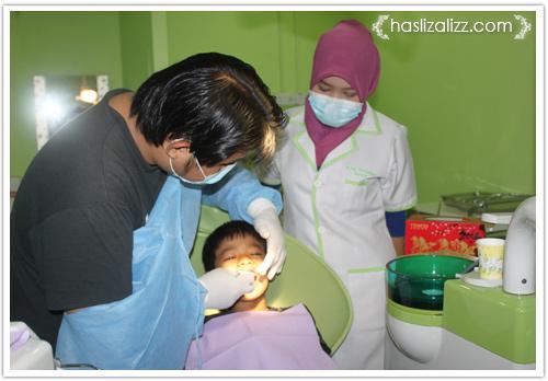13198731665 ed6593b568 o kisah abang dan adik Jumpa doktor gigi