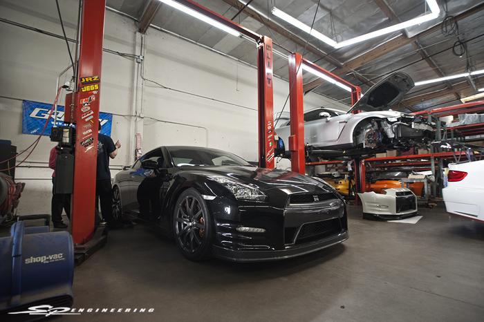 Jack's Jet Black Nissan SPE700 GT-R
