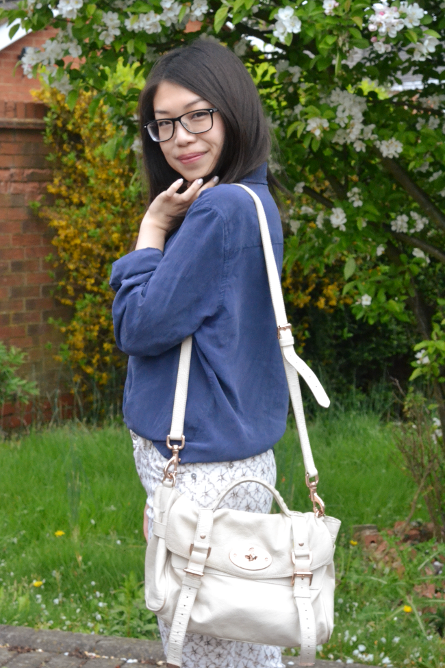 Daisybutter - UK Style and Fashion Blog: what i wore, 7 For All Mankind jeans, silk shirt, how to wear patterned jeans