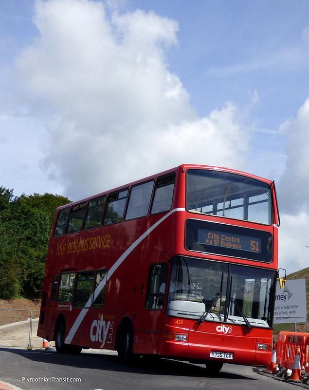 Plymouth Citybus 438 Y735TGH