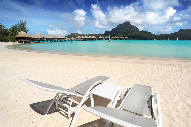 Le Meridien Bora Bora—Beach