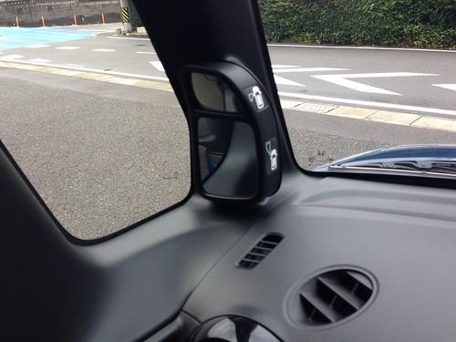 IN-BOXカスタム試乗レポ 鏡面ミラー