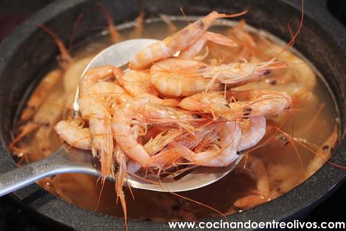 Ensaladilla de gambas www.cocinandoentreolivos (5)