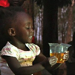 Child drinking ORS from Kit Yamoyo (square)