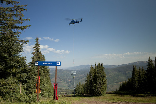 Chair4-helicopter3