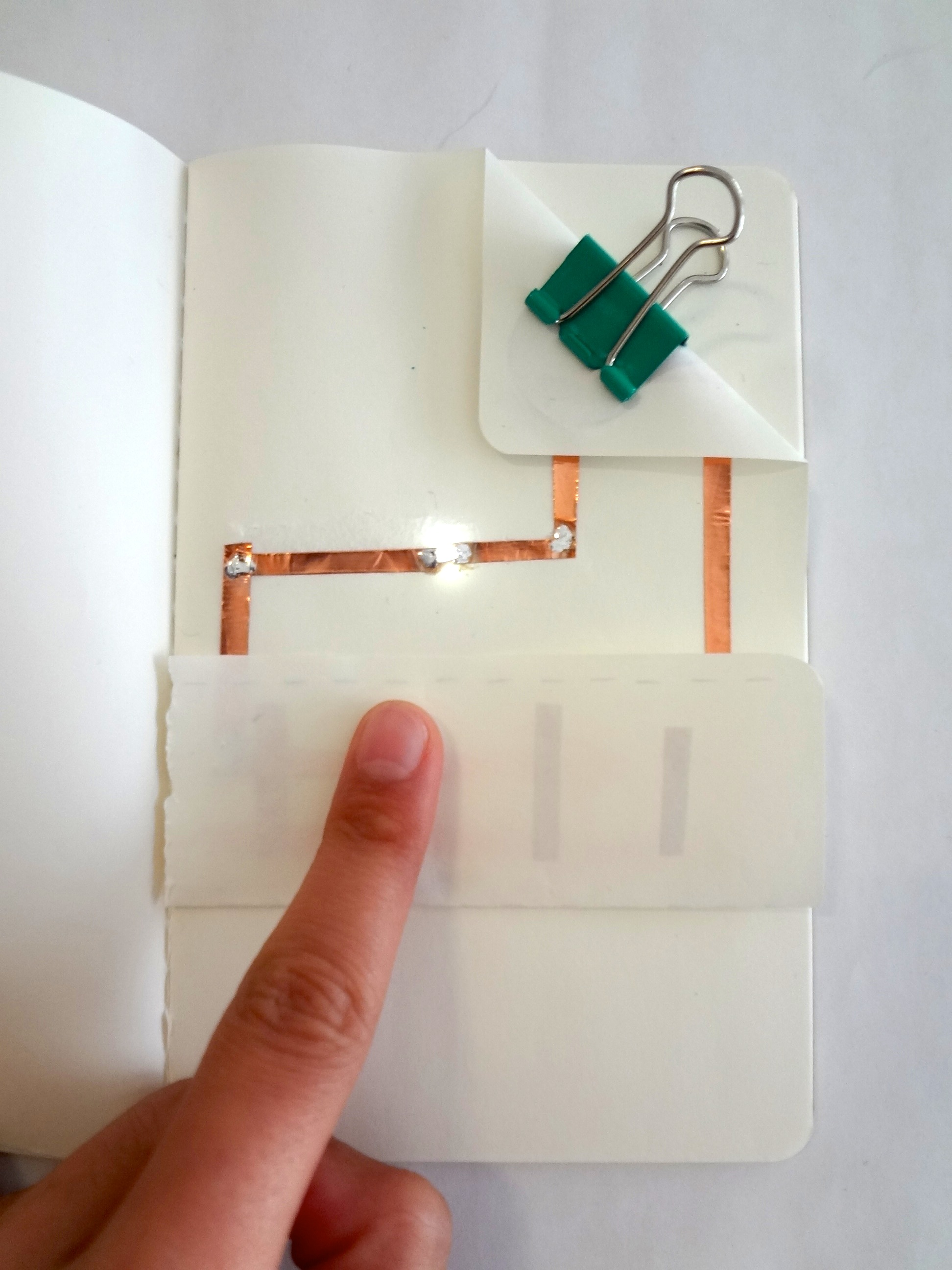 blinking switch circuit on