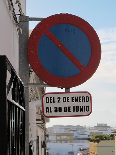 No parking from January to June - Risager