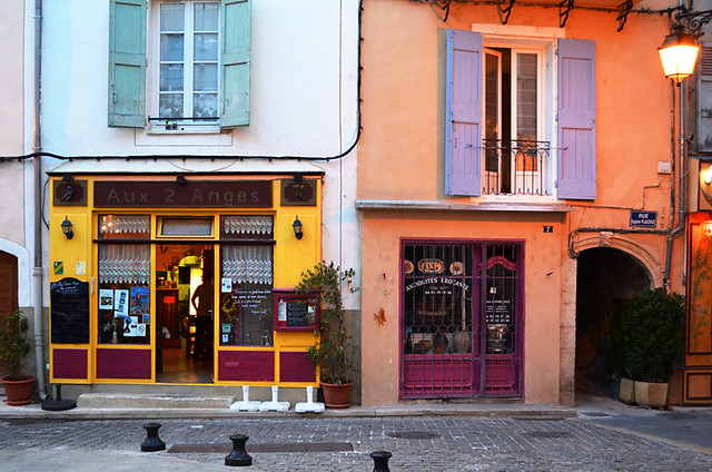 Aux Deux Anges, Forcalquier, Provence, France