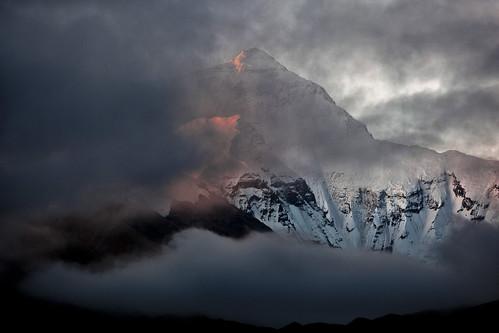 china sunrise tibet everest moring mounteverest rongbuk