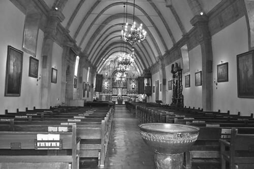 Mission Carmel - Inside the Basilica