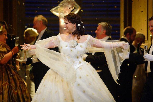 Diana Damrau as Violetta Valery in La traviata, The Royal Opera © ROH / Catherine Ashmore 2014