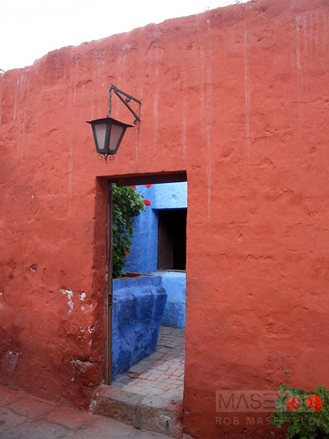 Exploring the back alleyways of the 'Santa Catalina Monastery'.