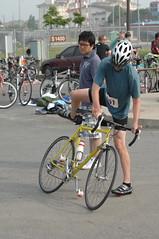 cycle polo(0.0), endurance sports(1.0), bicycle racing(1.0), road bicycle(1.0), vehicle(1.0), sports(1.0), race(1.0), sports equipment(1.0), road bicycle racing(1.0), racing bicycle(1.0), road cycling(1.0), duathlon(1.0), cycling(1.0), bicycle(1.0),