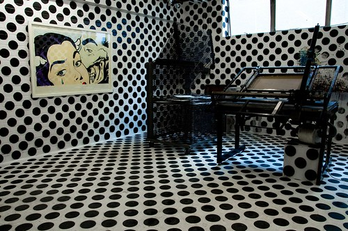 D*Face Dot Illusion Room