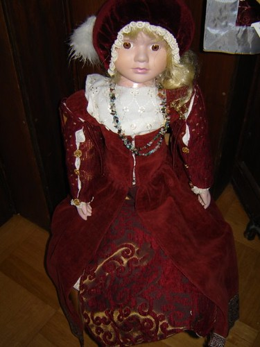 16th century dress by Anna Amnell