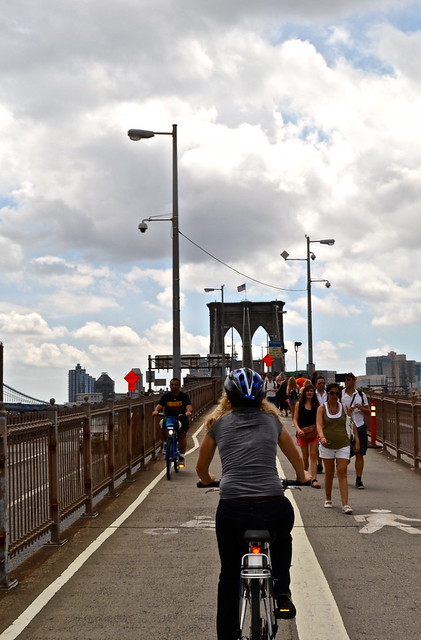 biking brooklyn bridge