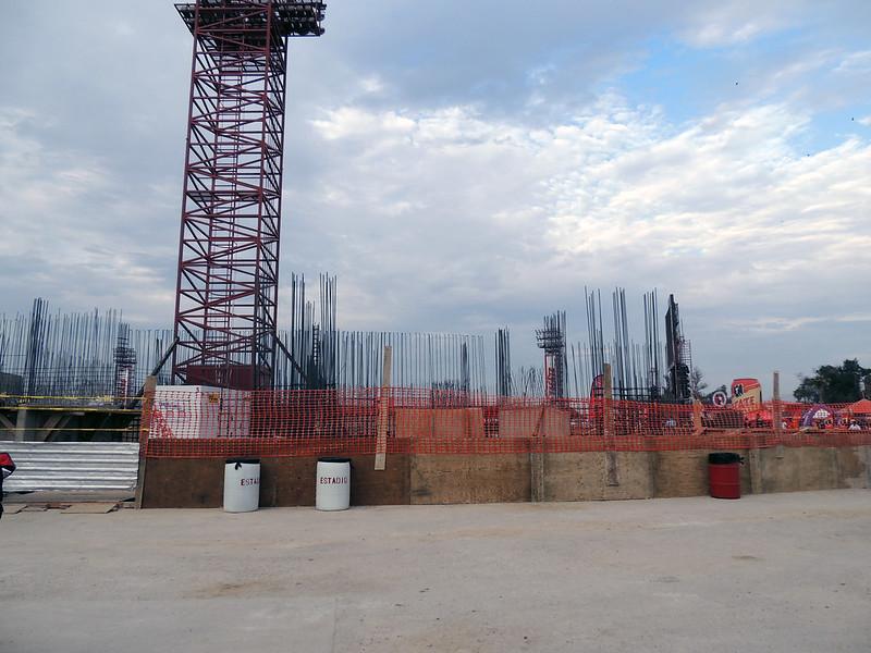 Construccion Estadio Caliente Julio 2013