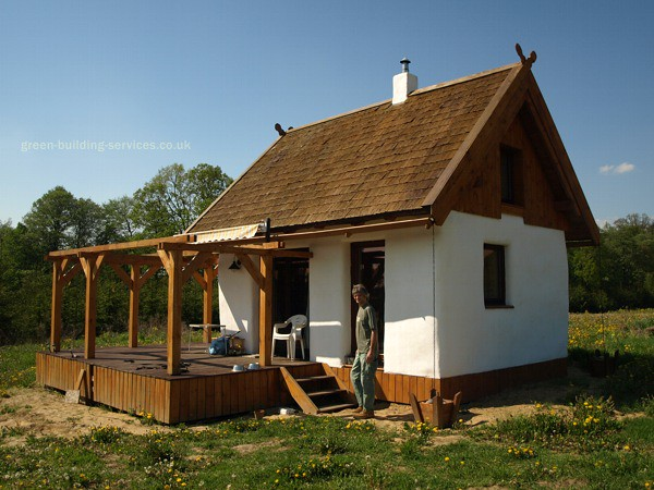 Straw bale cabin flickr photo sharing for Straw bale home plans