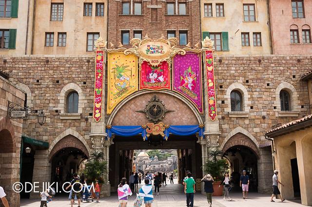 Tokyo DisneySea - Mediterranean Harbor / Tuscany Side