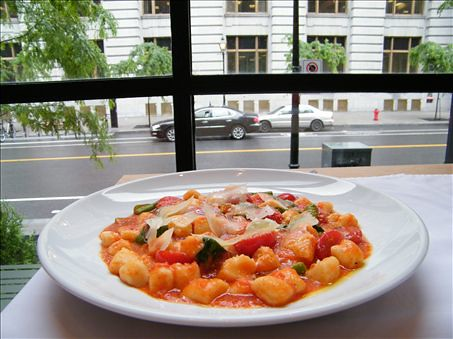 9852195813 93e67a713f Best Restaurants for a Business Lunch in Montreal