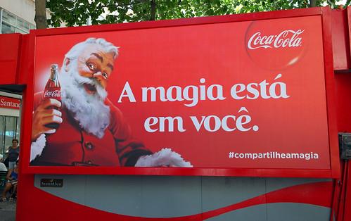 2013 Coca-Cola Santa Claus backlit 01 Rio de Janeiro by roitberg