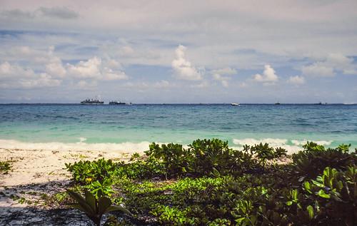 biot britishindianoceanterritory diegogarcia atoll base lagoon military ships