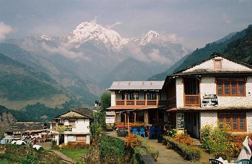 nepal house mountain 2004 analog trekking trek landscape hotel village south peak lodge valley round nepalese himalaya annapurna modi annapurnas canoneos300 chuli khola landrung landruk hiun