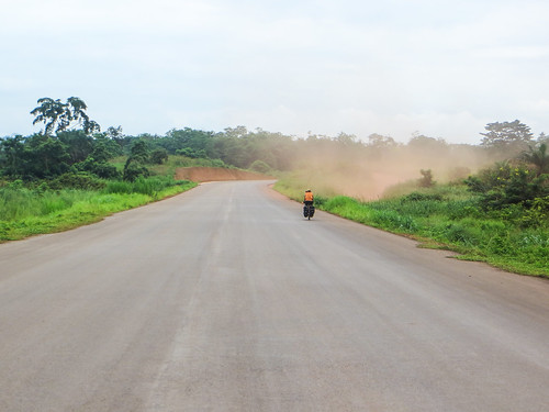 New road Loudima-Dolisie