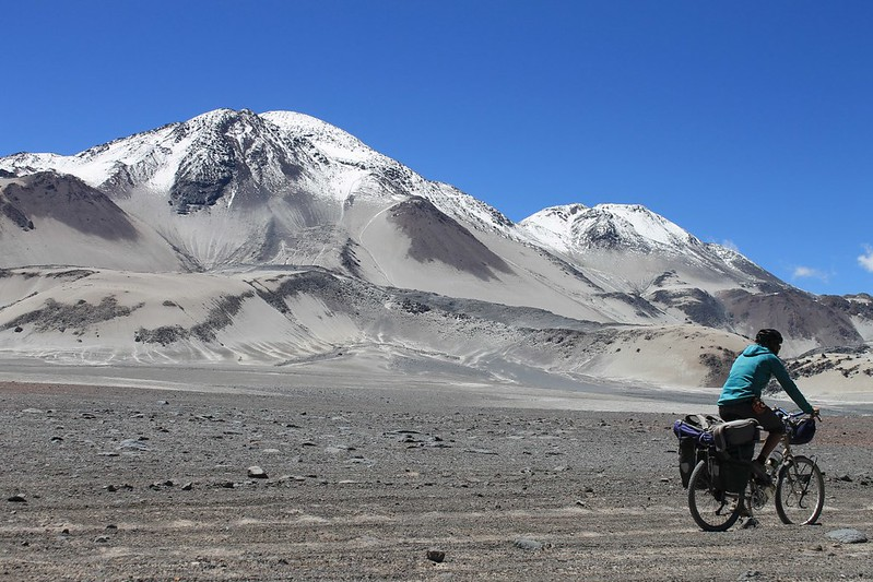 Cycling to El Muerto (6510m)
