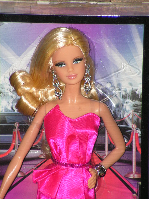 2013 The Barbie Look Red Carpet Mackie BCP89 (9)
