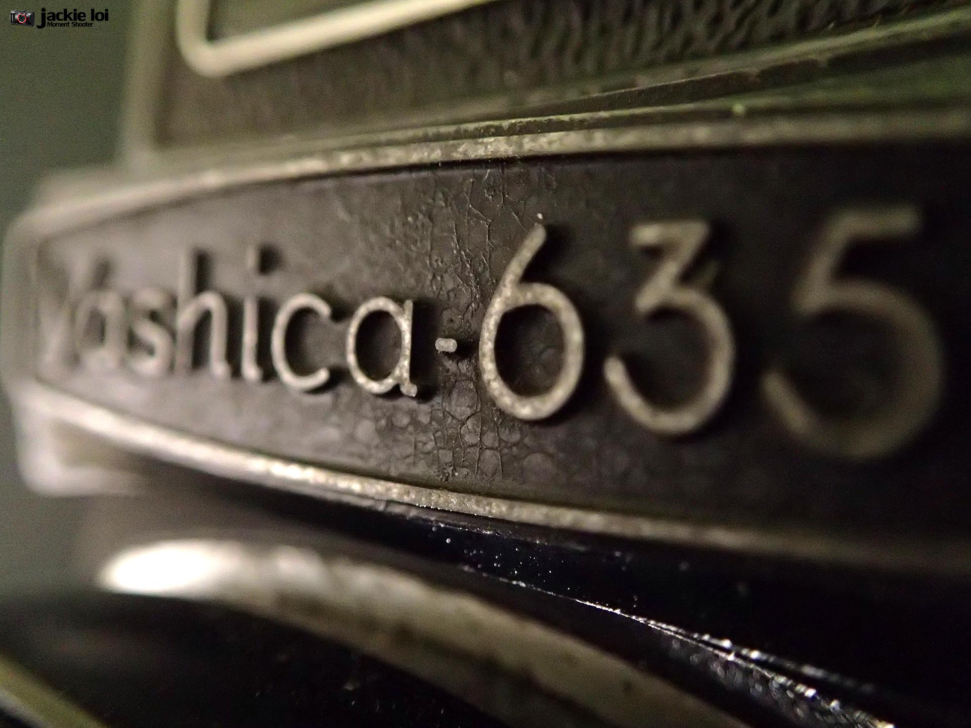P2161999