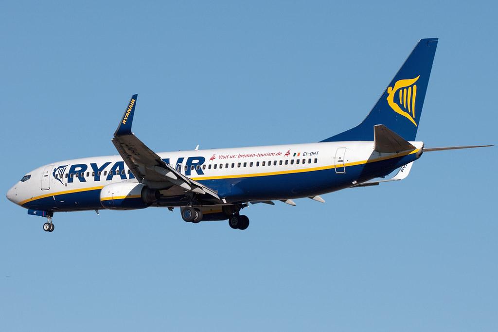 EI-DHT - B738 - Ryanair