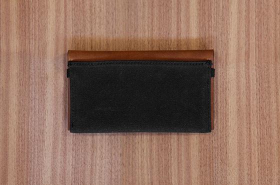 LeatherPhoneClutch_black_back_1024x1024