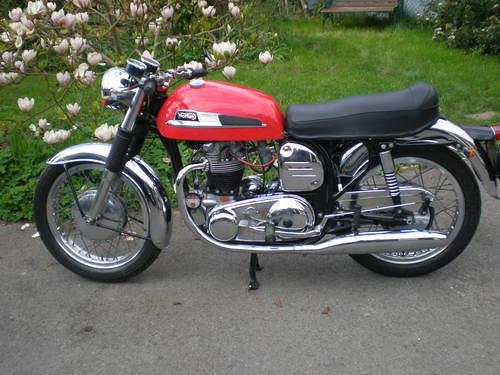 Norton 650ss