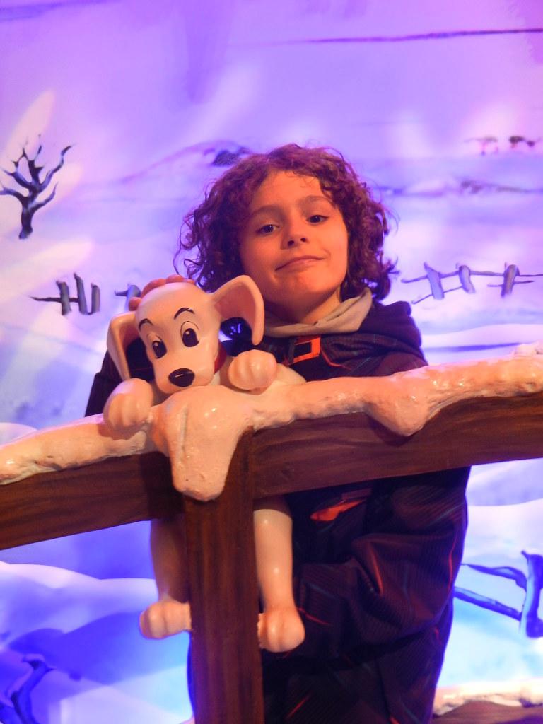 Un séjour pour la Noël à Disneyland et au Royaume d'Arendelle.... - Page 7 13914450084_d266ff67dc_b