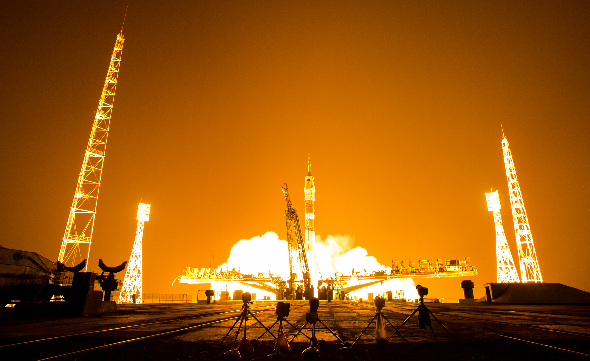Expedition 40 Launch (201405290007HQ)