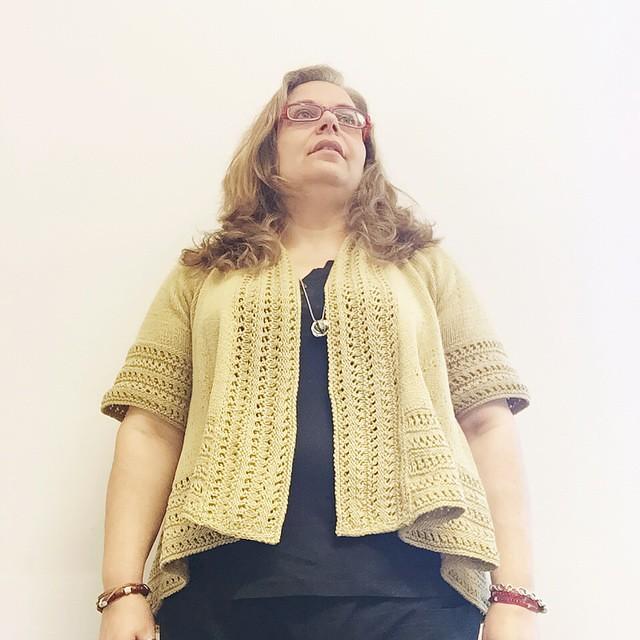 Oro per il lunedì #yarn #heidikirrmaier #iolavoroamaglia #fattoamano #handmade #knitting #knitting #instaknitting #innstagramofknitters #ravelry #knittersofig #knittersofinstagram #ameliabefana