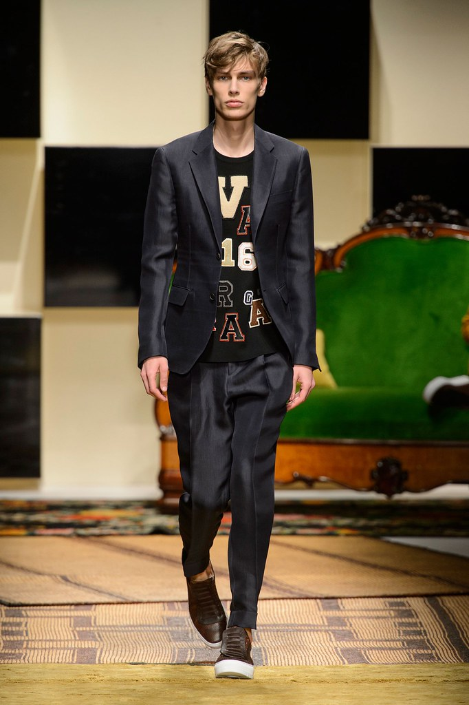 Marc Schulze3222_SS16 Milan Salvatore Ferragamo(fashionising.com)